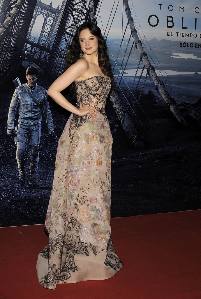 Andrea Riseborough worked her stuff on the red carpet.