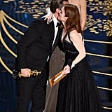Julianne Moore Gave Leo a Big Hug After Presenting Him With the Award
