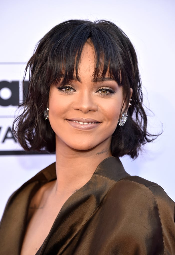 rihannas hair and makeup at the 2016 billboard music