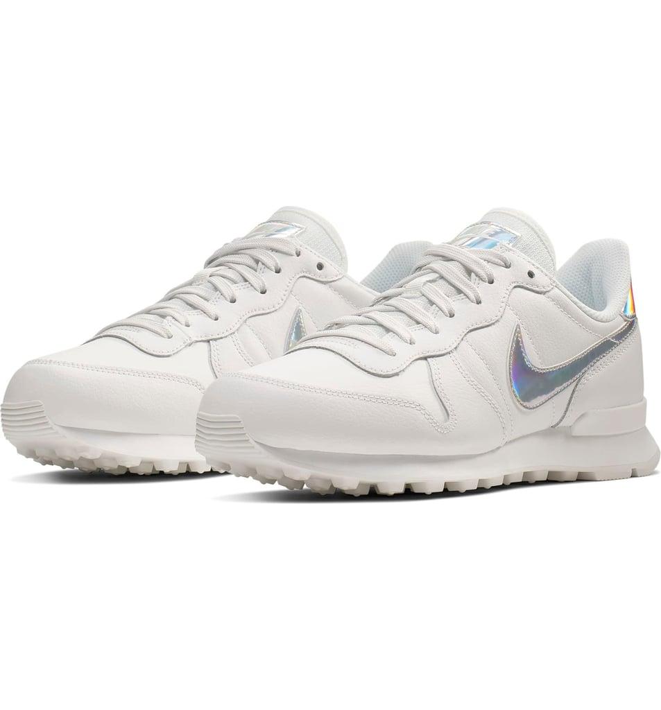 Nike Internationalist SE Sneaker | The