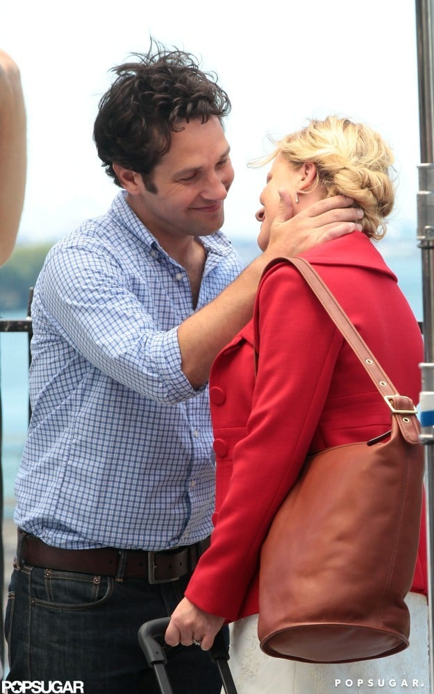 Paul Rudd planted a kiss on Amy Poehler.