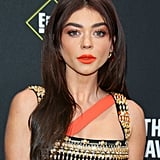 Sarah Hyland's Coral Lipstick at the People's Choice Awards