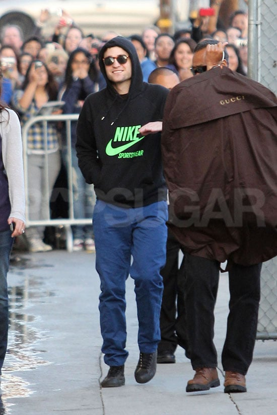 Robert Pattinson and His Gucci Suit Arrive at Jimmy Kimmel Studios!