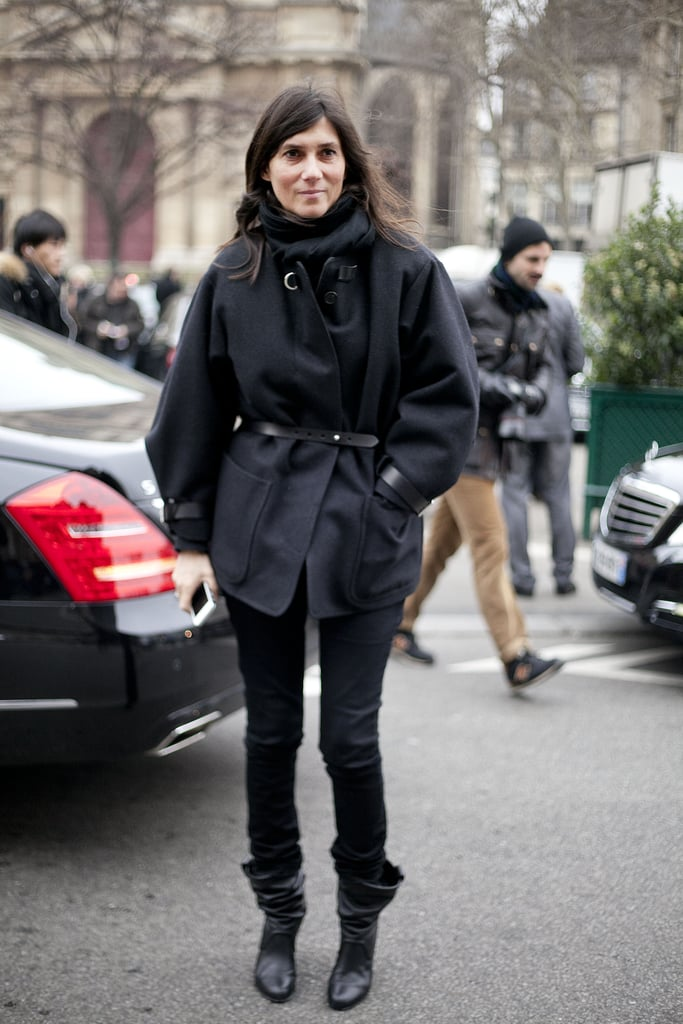 There are few women who can deliver Parisian chic like Emmanuelle Alt, pictured here in a utilitarian jacket and slouchy boots.