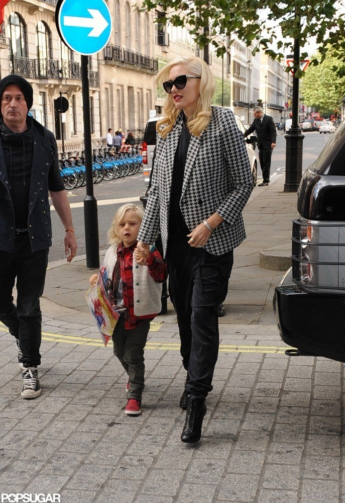 Gwen Stefani held hands with her son Zuma Rossdale.