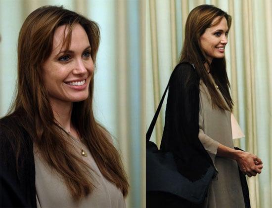Angelina Jolie Smiling in Pakistan