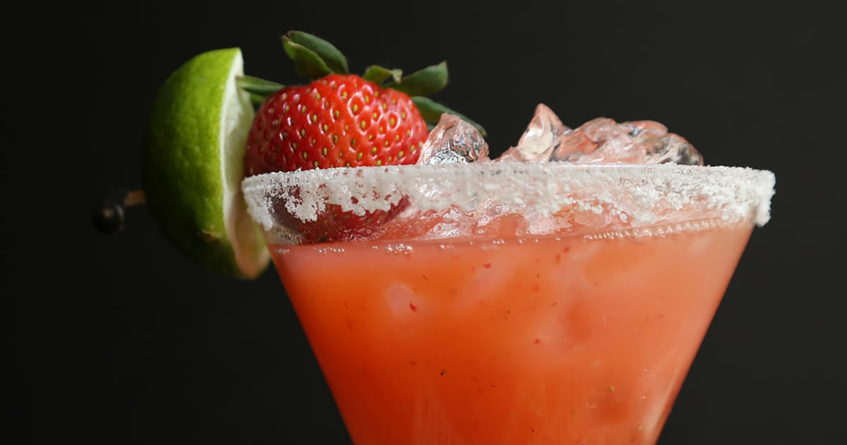 Toast to Summer With This Delicious Strawberry Margarita Recipe