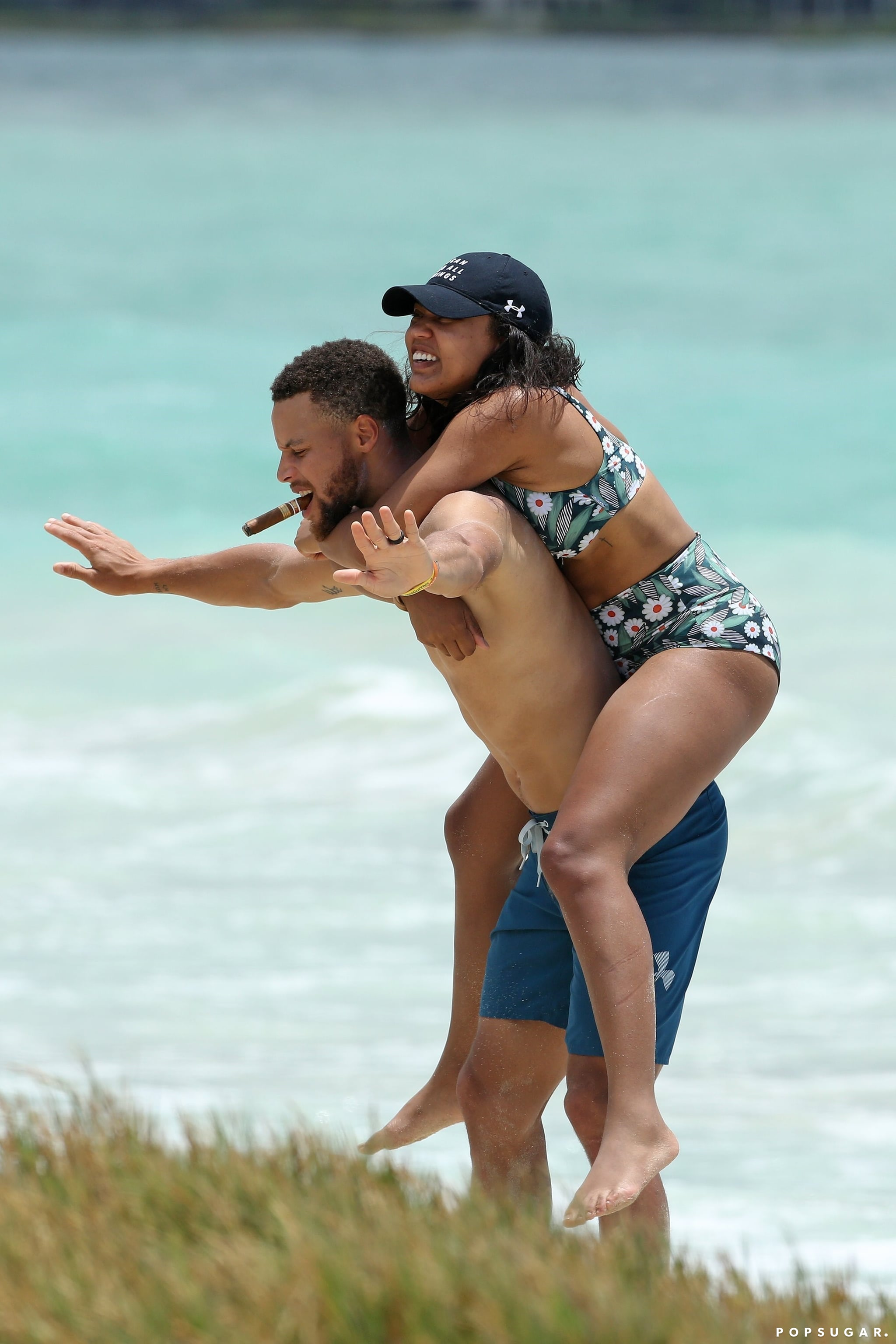 Stephen And Ayesha Curry 100 Of The Sweetest Sexiest Pda