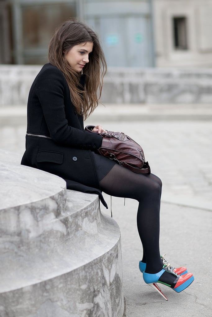 It's all about the shoes when it comes to this sophisticated-cum-fanciful style.