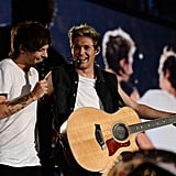 Louis Tomlinson and Niall Horan Performing in New Jersey in 2014