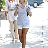 Reese Witherspoon runs erands.