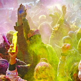 Pictures From India's Spring Festival Holi