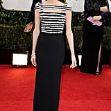 Allison Williams at the Golden Globes 2014
