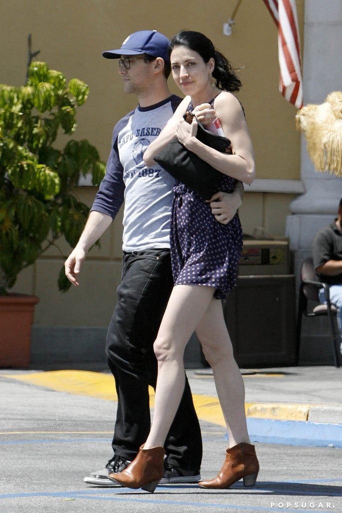 Joseph Gordon Levitt S Girlfriend Tasha Mccauley Photos