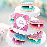 Clamshell Sugar Cookies
