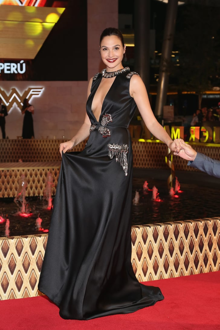 Gal Gadot's Sexy Gown Hid a Shoe Secret No One Saw Coming