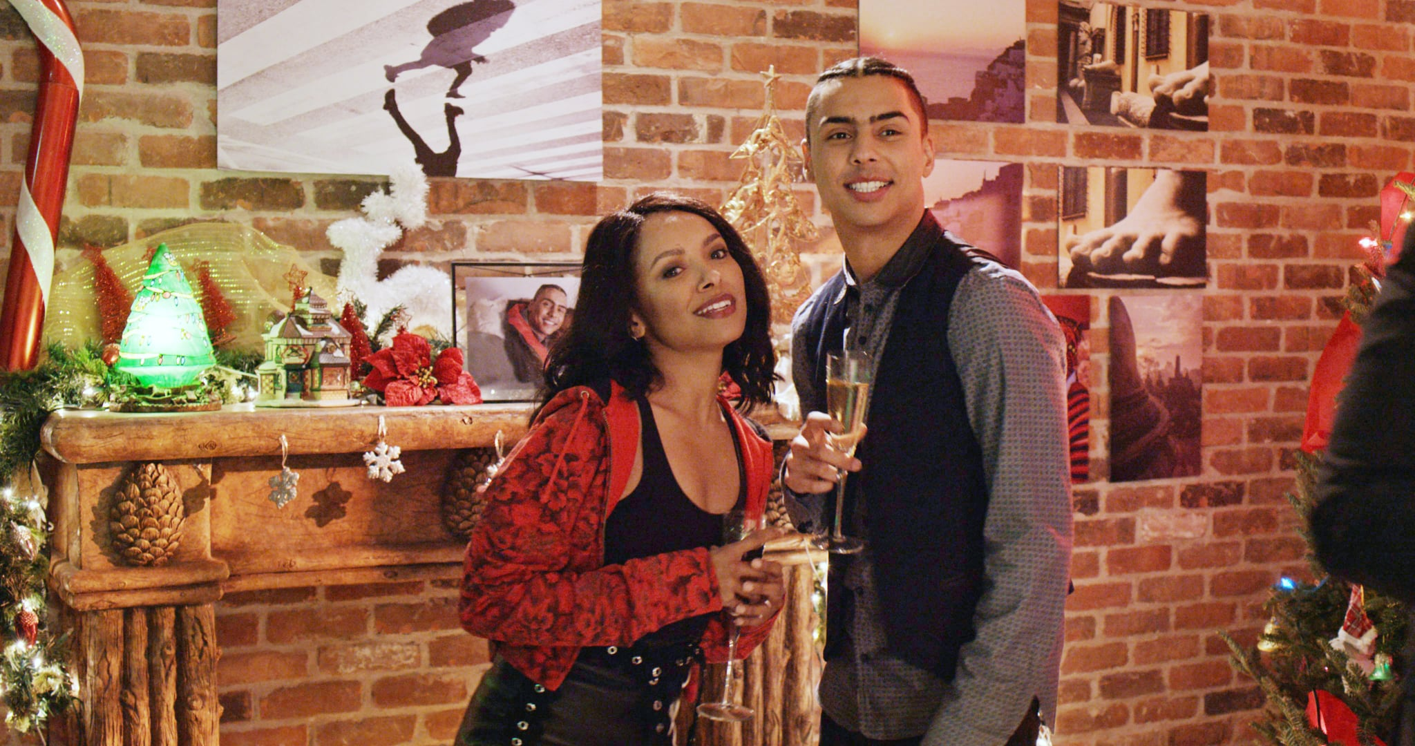 THE HOLIDAY CALENDAR, from left: Kat Graham, Quincy Brown, 2018.  Netflix /Courtesty Everett Collection