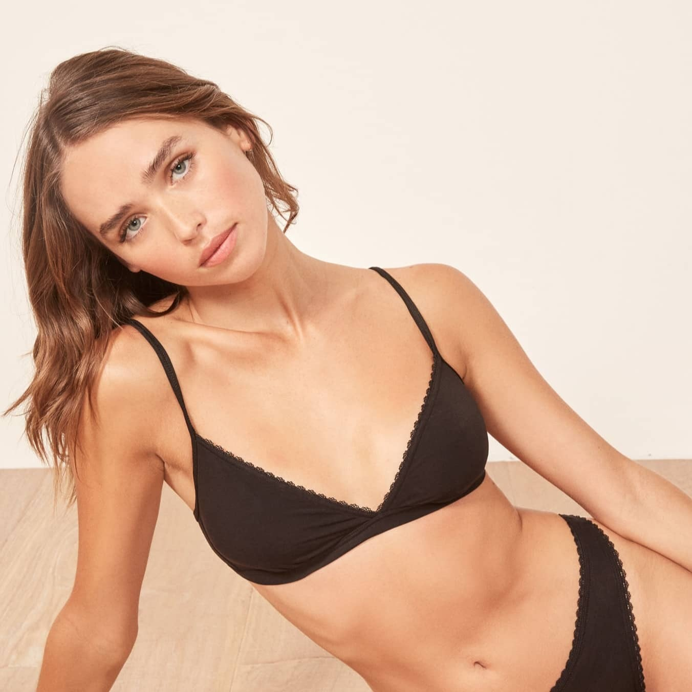 a69cf38fcb1a70 Best Bras For Small Bust 2019