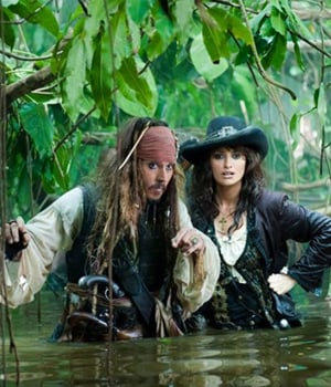 Pirates of the Caribbean: On Stranger Tides Photos With Johnny Depp and Penelope Cruz 2010-12-09 17:50:50