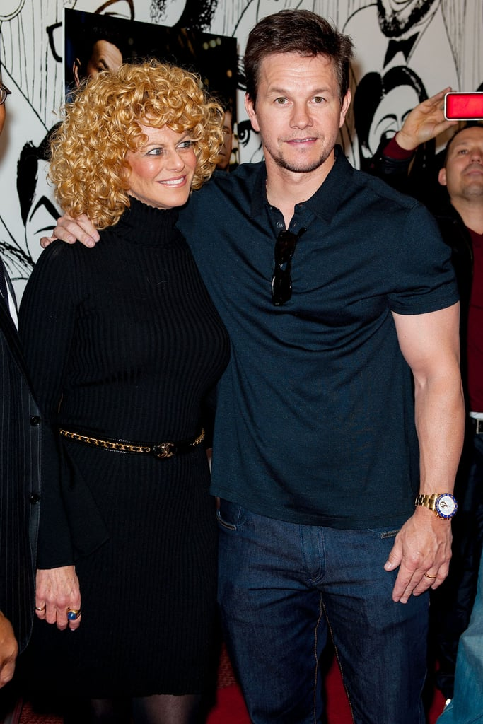 Mark Wahlberg posed with Sharon Pinkenson at the Philadelphia premiere of Broken City.