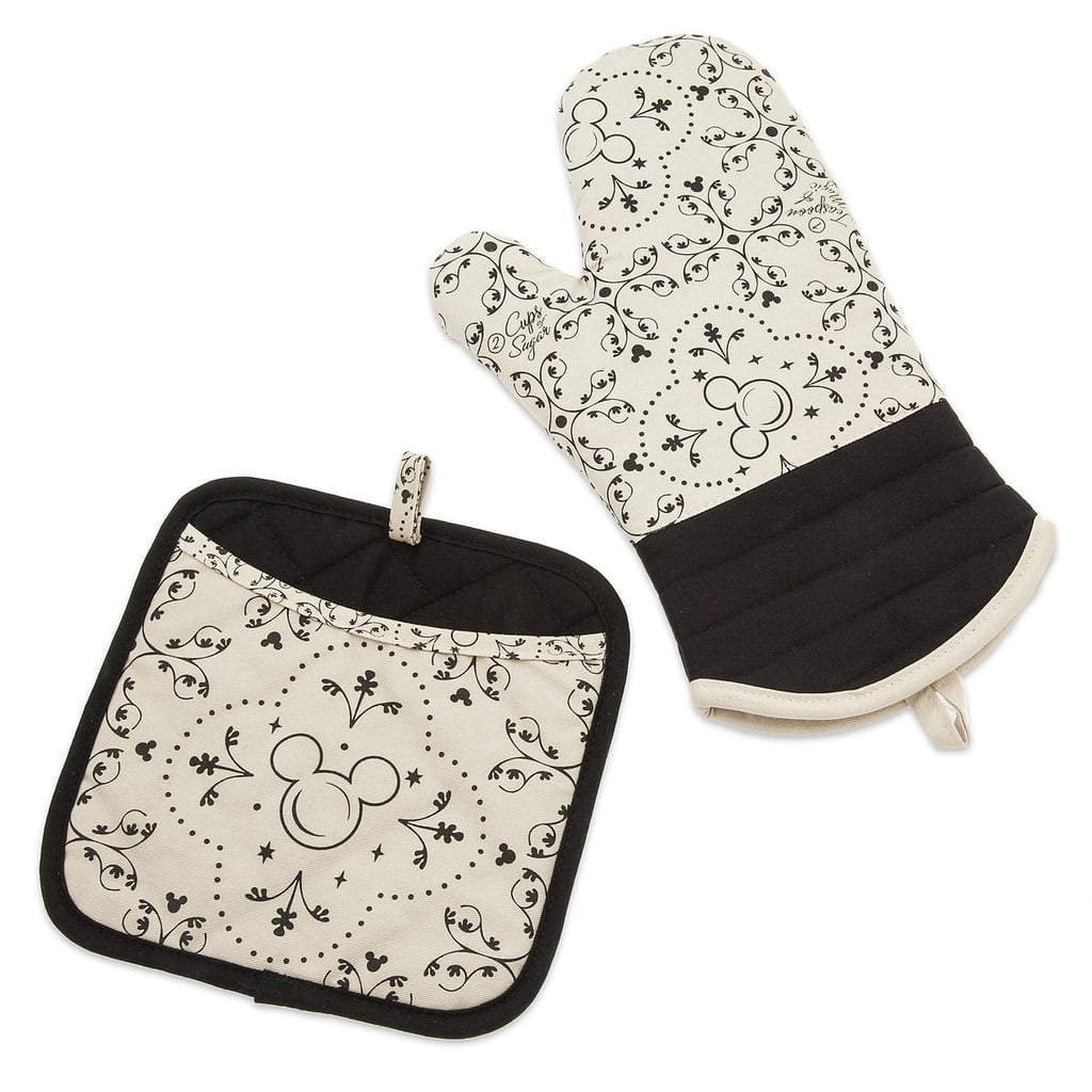 Mickey Mouse Oven Mitt and Pot Holder