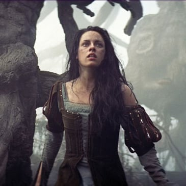 Snow White and the Huntsman Movie Pictures of Kristen Stewart, Chris Hemsworth