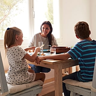 Dinner Time Tips For Parents