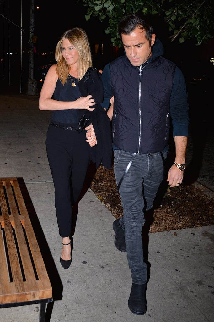 The couple stepped out for dinner in 2016 wearing navy. Jennifer tucked her top into her pants while Justin zipped up his pull-over.