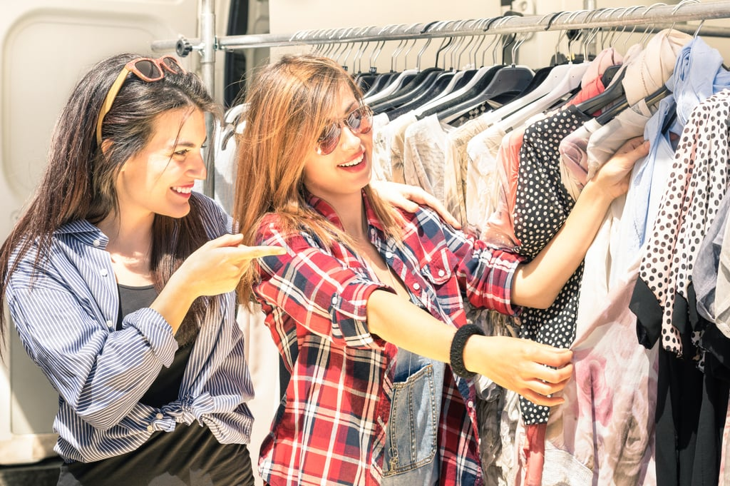 Give 30 minutes to try on clothes