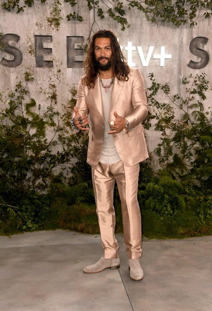 jason-momoa-pink-tom-ford-suit-see-premiere.jpg