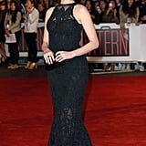 At the UK premiere of The Intern, Anne selected a black fitted Jonathan Simkhai dress.