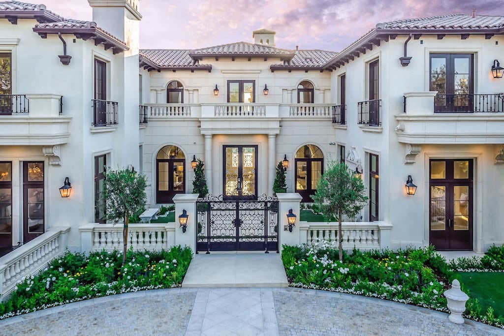Drake's Beverly Hills Airbnb