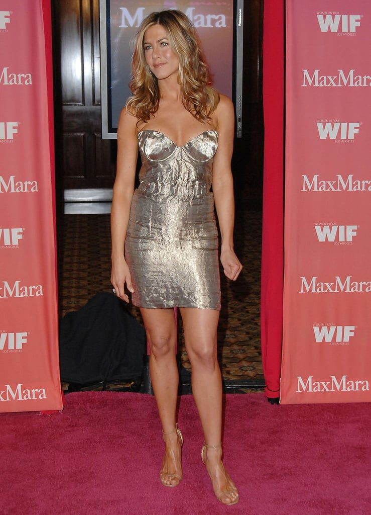 In 2009, Jennifer showed up on the red carpet wearing a metallic minidress and beige ankle-strap heels.