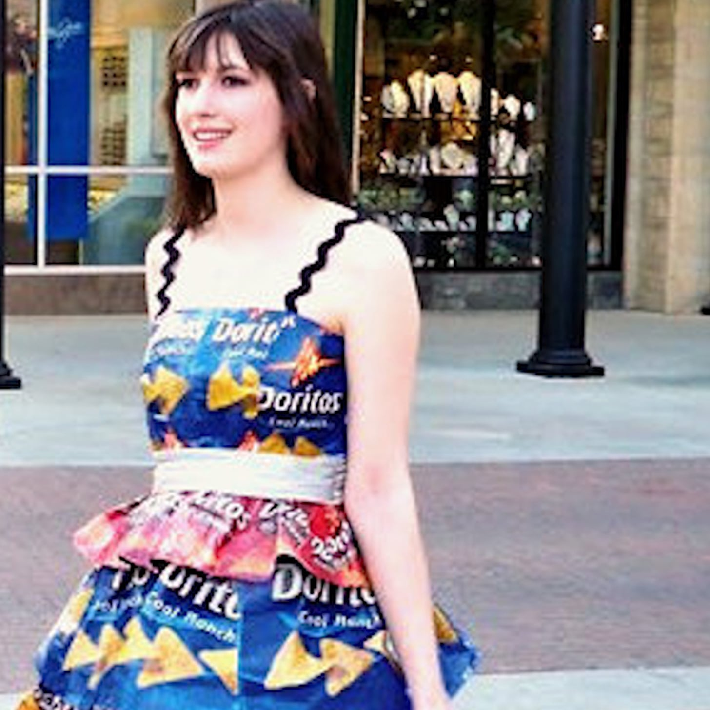 The Craziest Prom Dresses (Video) | POPSUGAR Celebrity