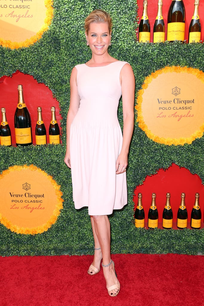 Rebecca Romijn went for chic minimalism in this boatneck-style LWD.