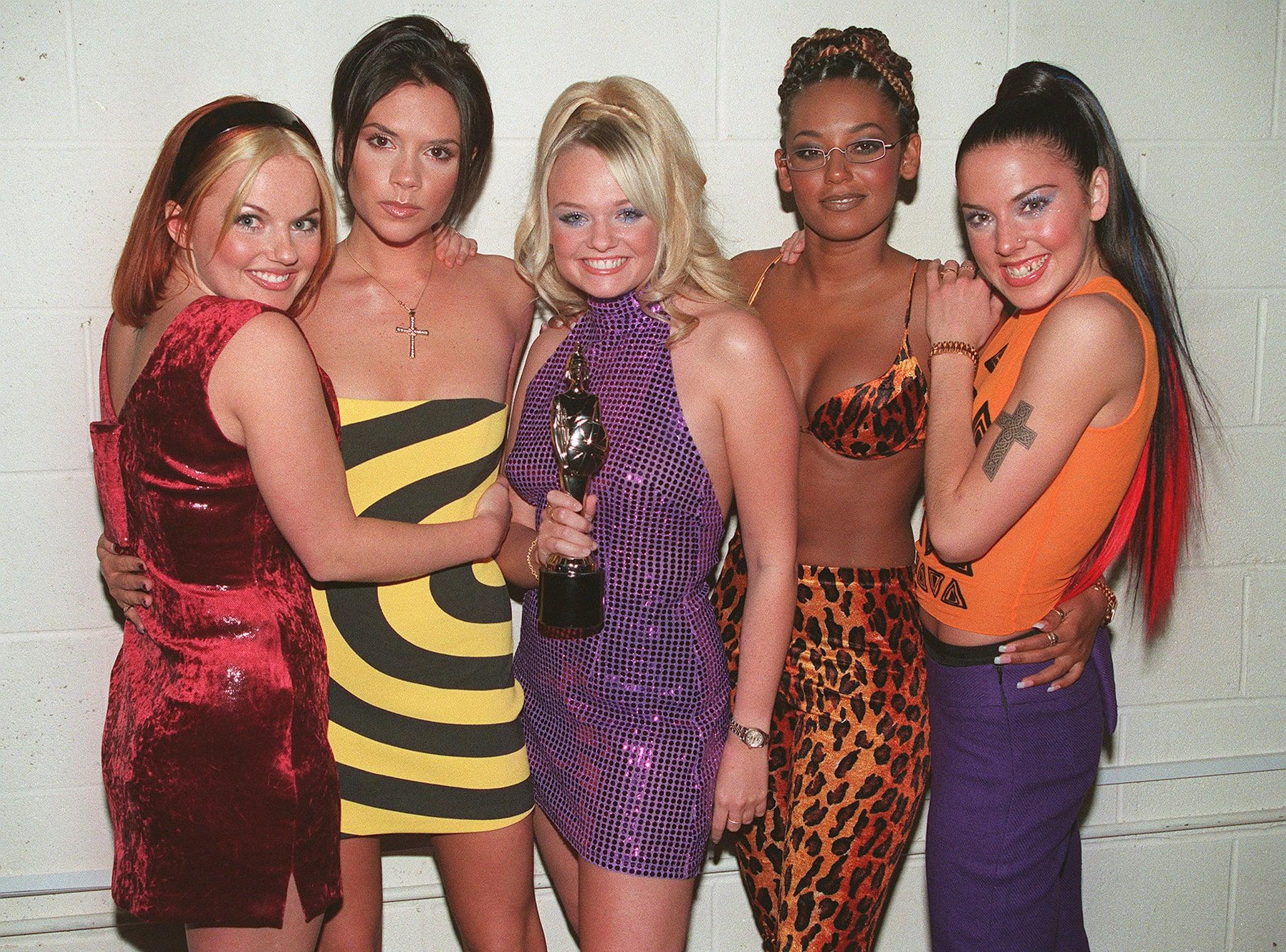 LONDON - 1995: The Spice Girls L to R Geri Halliwell, Victoria Adams, Emma Bunton, Melanie Brown and Melanie Chisholm at the Brit Awards. (Photo by Dave Hogan/Getty Images)