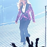Beyonce Knowles Pregnant Pictures Performing at VMA Awards