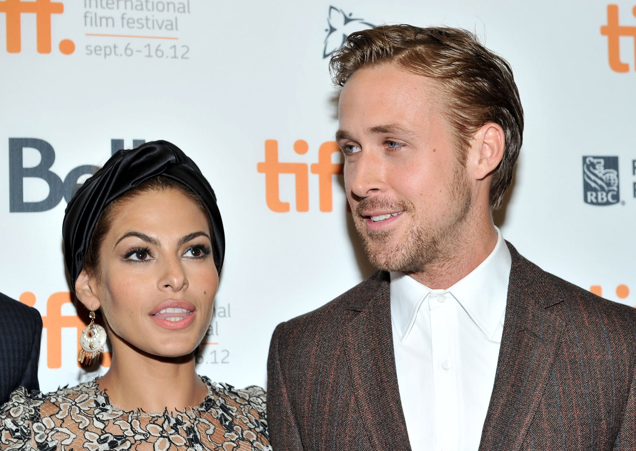 TORONTO, ON - SEPTEMBER 07: Actors (L-R) Eva Mendes and Ryan Gosling attend