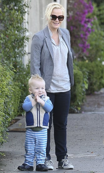 Pictures of Amy Poehler and Archie Arnett at the Farmers Market in Beverly Hills