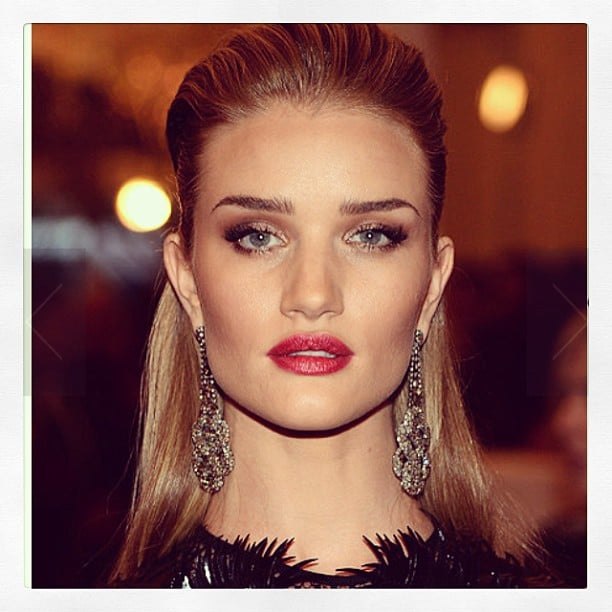 Exciting news for cosmetics brand ModelCo this week — they announced English beauty Rosie Huntington-Whiteley as their new face! We most definitely approve.