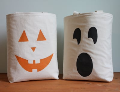 Crafty Halloween Trick-or-Treat Totes