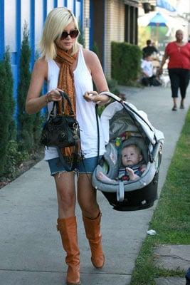 Stella Gets a Swingin' Ride From Mama Tori