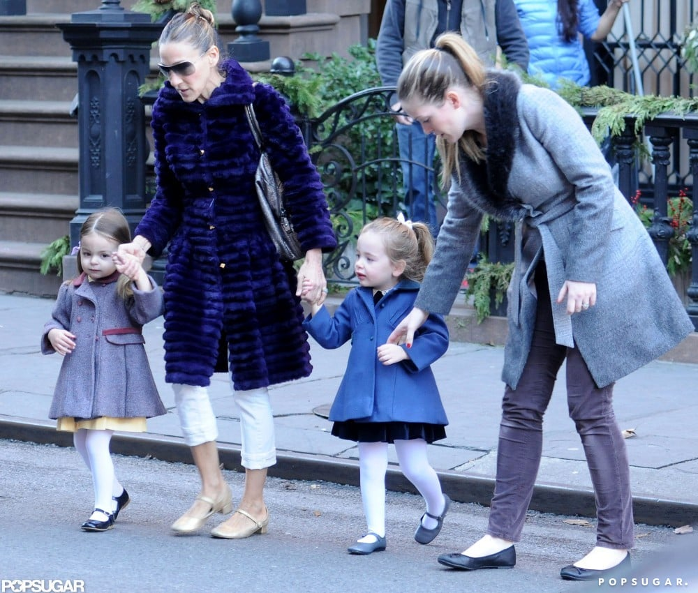 Sarah Jessica Parker helped her kids cross the street.