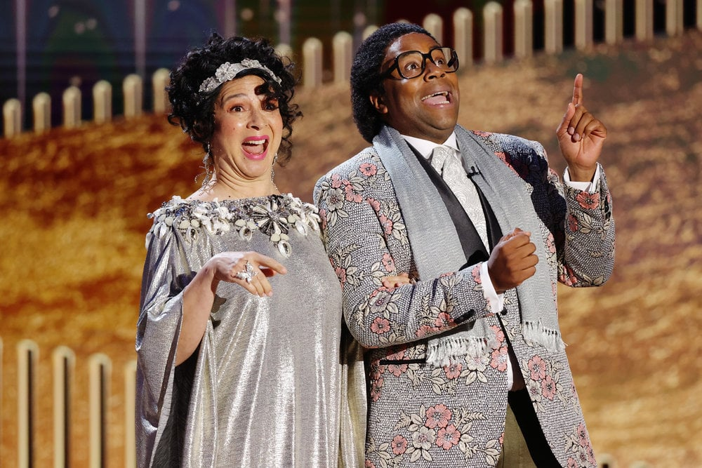 "Millennials, this is the moment we've been waiting for. About two decades after All That's heyday, Kenan Thompson seemingly revived his iconic portrayal of Pierre Escargot during the 2021 Golden Globes. The actor and Saturday Night Live cast member dusted off his French accent to ""accept"" the ""award"" for the least original song with Maya Rudolph. Not only did the bit make viewers demand that Thompson and Rudolph host the award show — or, I should say, Beverly Jack Fruit and Francois Jean Rudy — but it also felt like a natural continuation of Thompson's famous ""Everyday French"" sketch. (All that was missing was that rubber duck.)      Related:                                                                                                           Regina King's Dog Casually Took a Nap on the Golden Globes Virtual Red Carpet, and We're in Love"