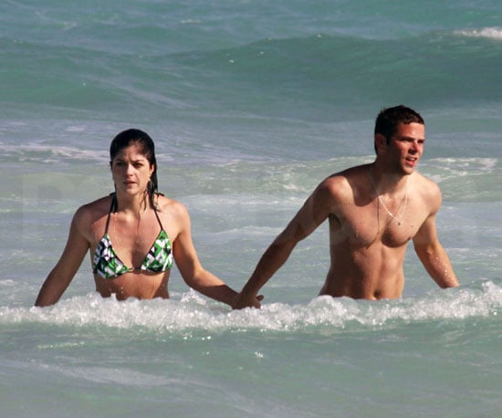 Photo of Selma Blair in a Bikini with Kath and Kim Costar / Boyfriend Mikey Day