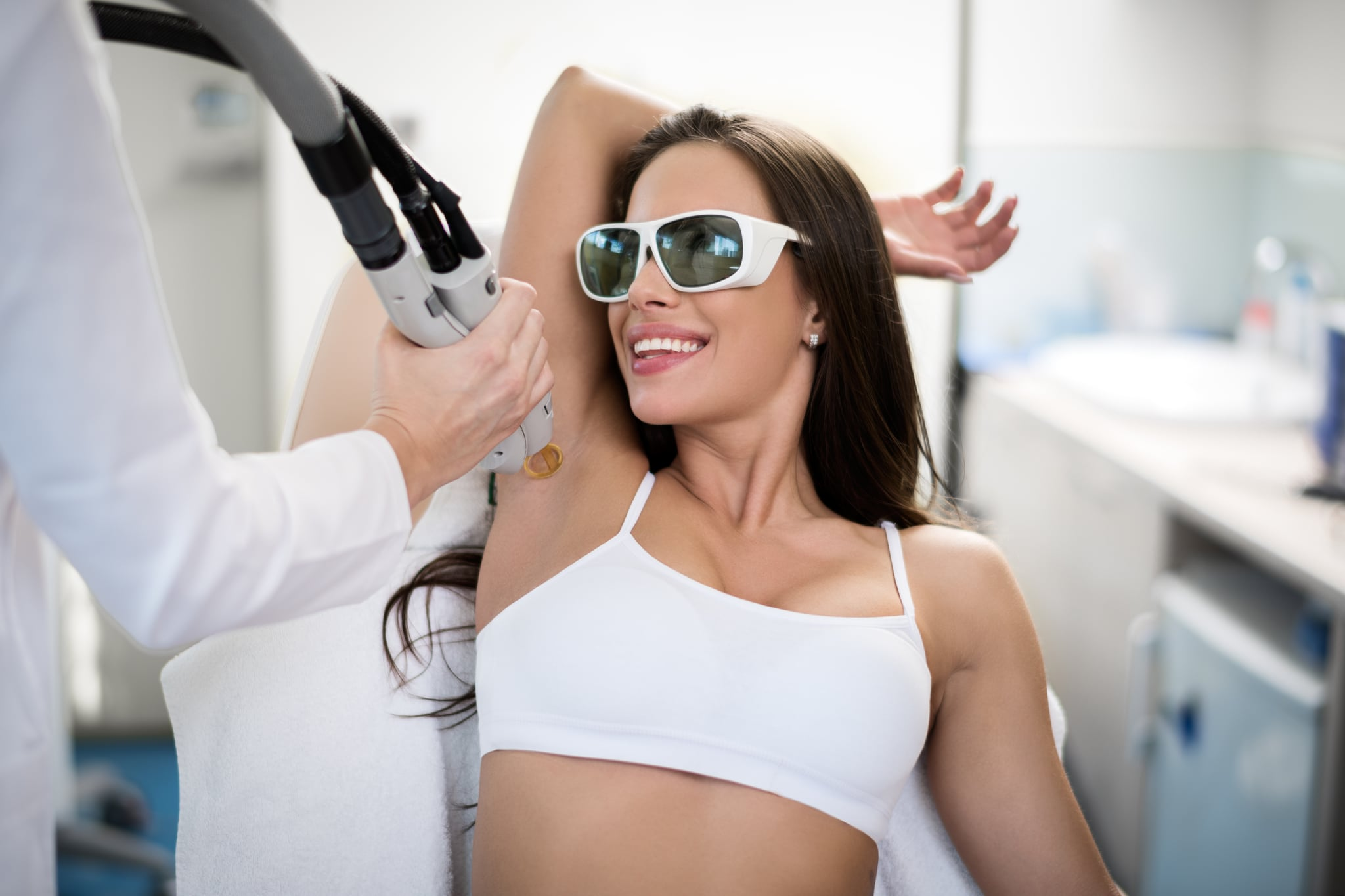 Everything To Know About Underarm Laser Hair Removal Popsugar Beauty
