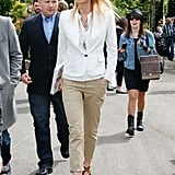 At an appearance for her book in London, Gwyneth opted for a crisp white blazer with equally cool cropped khaki pants.  Get her sharp cargo look below.