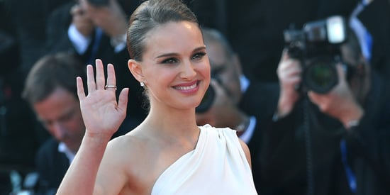 Slaying The Red Carpet Is How Natalie Portman Announces She's Pregnant