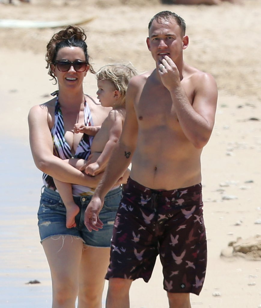 Alanis Morissette and her husband, Mario Treadway, enjoyed a day on the beach with their son, Ever, in Hawaii.