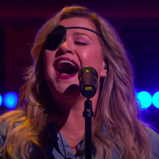 "Watch Kelly Clarkson's Cover Harry Styles's ""Adore You"""